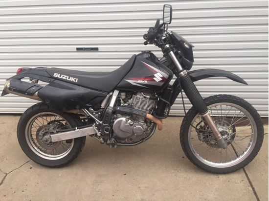 Picture of DR650SE 2011